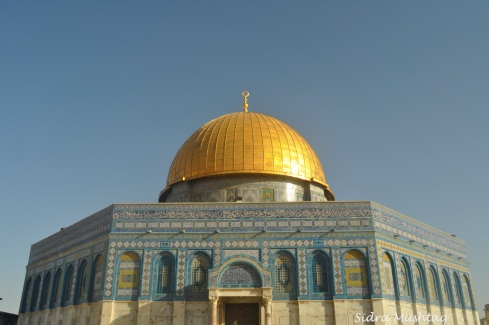 The Dome of the Rock Masjid in its full glory.